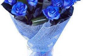 Sevdiğin Kadına Çiçek Gönder