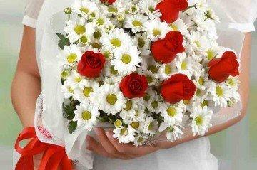 Sevgililer Gününe Özel Çiçekler
